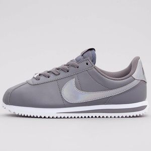 Nike Cortez basic sl women's rare shoes
